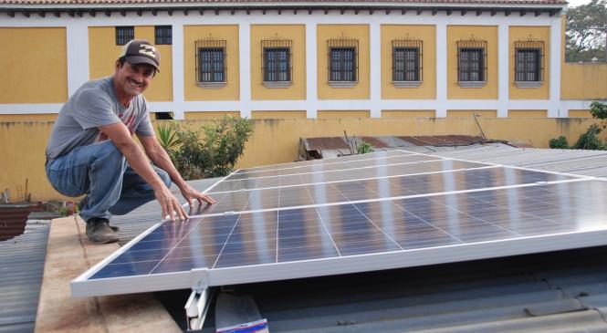 Kaffe til solcellene?